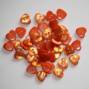 Bouton coeur 1,2cm avec une face nacre – Lot de 2 – Orange