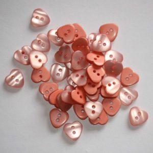 Bouton coeur 1,2cm avec une face nacre – Lot de 2 – Corail