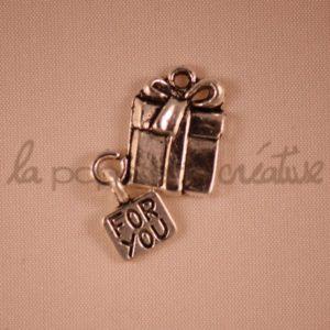 """Breloque Cadeau avec message """"For You"""""""